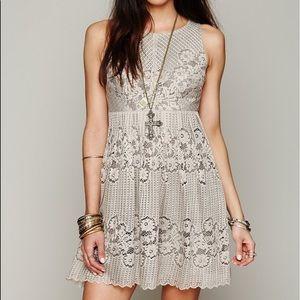 $148 Free People ROCCO Beige LACE Mini Dress 6